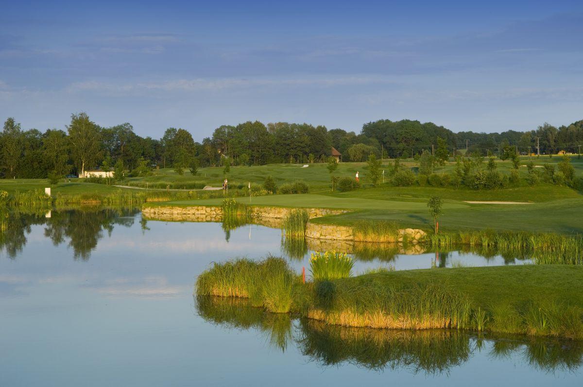 Golf---DAS-LUDWIG-II