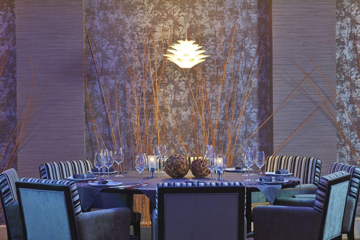 InternetAphrodite1-Restaurant